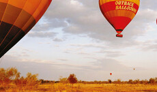 Ballonfahrt über dem Outback